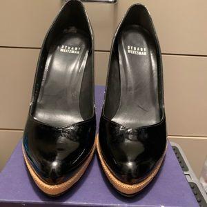 Stuart weitzman black patent leather pump